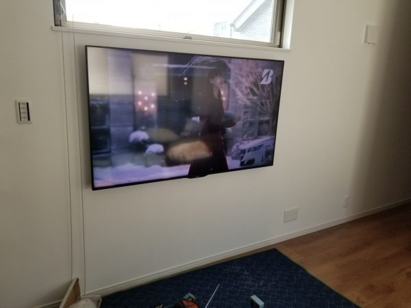 壁掛けテレビ工事完了の写真