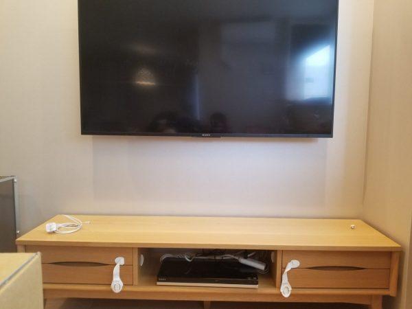 壁掛けテレビ設置後の写真