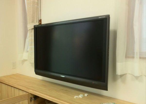 テレビ壁掛け工事のサムネイル