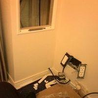 東京都港区32インチテレビ壁掛け工事 寝室にて設置のサムネイル