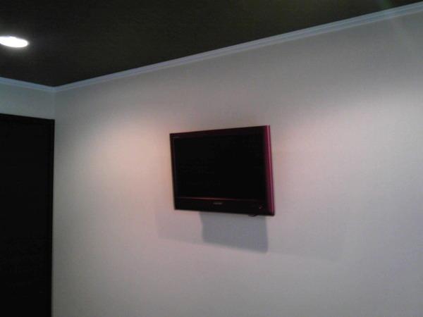 24型TV壁掛け