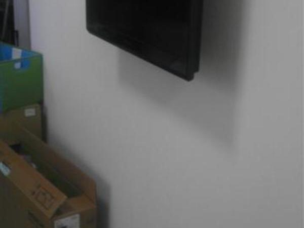 24型液晶TV壁掛け