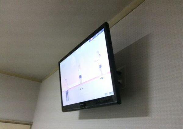 32インチ液晶TV壁掛けのサムネイル