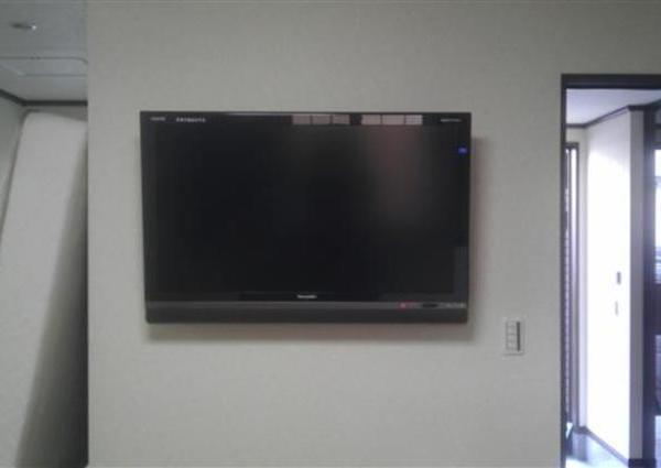 50インチTV壁掛け  神奈川県海老名市のサムネイル