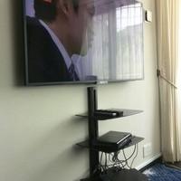52インチTV壁掛け工事  神奈川県大和市のサムネイル
