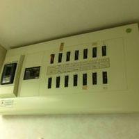 大田区にて ガスコンロからIHクッキングヒーターへの交換設置 専用回路 天井裏配線のサムネイル