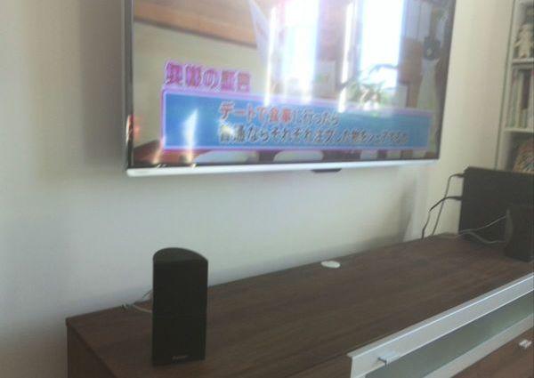 神奈川県相模原市にて 55インチテレビ壁掛け工事 配線隠蔽タイムシフト配線のサムネイル