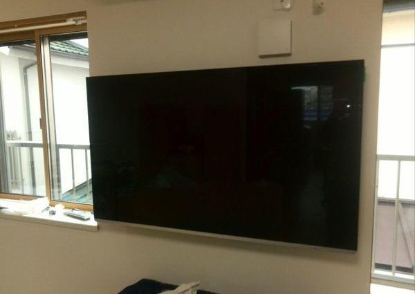 52インチ テレビ壁掛け工事 東京都世田谷区にてのサムネイル