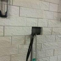 55インチテレビ壁掛け工事 神奈川県川崎市にて エコカラット壁 隠蔽配線のサムネイル