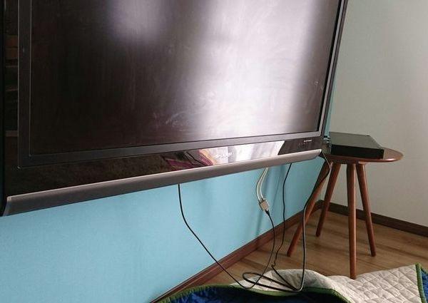 東京都西東京市にて 壁掛けテレビ配線隠蔽工事 のサムネイル