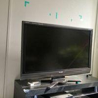 東京都練馬区にて 40インチテレビ壁掛け工事 隠蔽配線のサムネイル