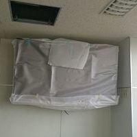 東京都江東区 会社会議室にて 65型壁掛けテレビ 天井裏配線のサムネイル