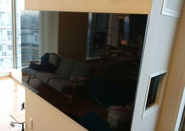 神奈川県川崎市にて 65型壁掛けテレビ配線 のサムネイル