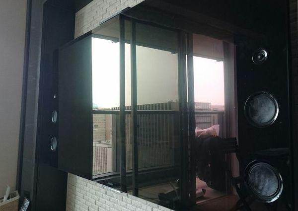 東京都中央区マンションにて 55型壁掛けテレビの費用と写真のご紹介 エコカラット壁のサムネイル