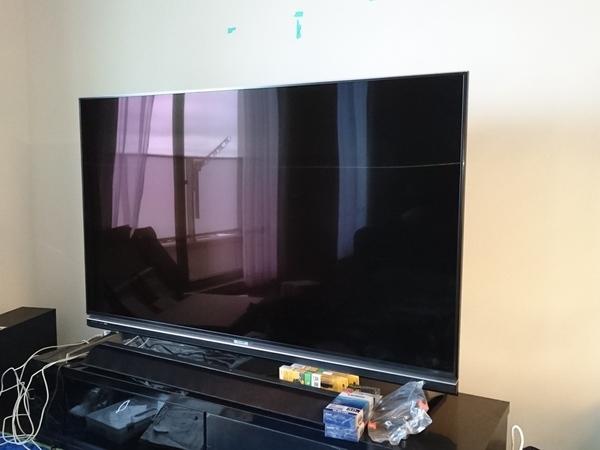 東京都 マンションにて 壁掛けテレビ 配線隠蔽増設工事