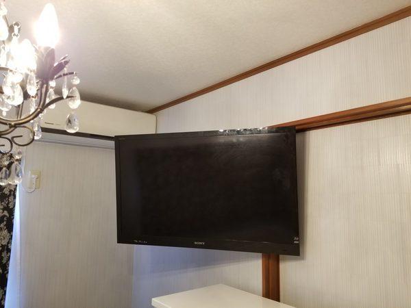 神奈川県横浜市にて 壁掛けテレビ工事