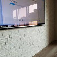 世田谷区にて 壁掛けテレビ 隠蔽配線工事です。のサムネイル