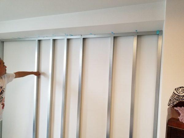 壁掛けの出来ない壁『強化石膏ボード』でも60型テレビ壁掛け工事可能。工事費用