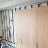 東京都江戸川区にて 60型壁掛けテレビ工事 のサムネイル