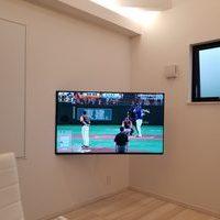 東京都杉並区にて 55型壁掛けテレビ 壁掛け金具VA126Mのサムネイル