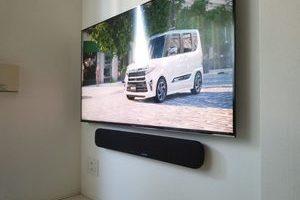 東京都世田谷区にて  壁寄せスタンドから壁掛けテレビへの工事